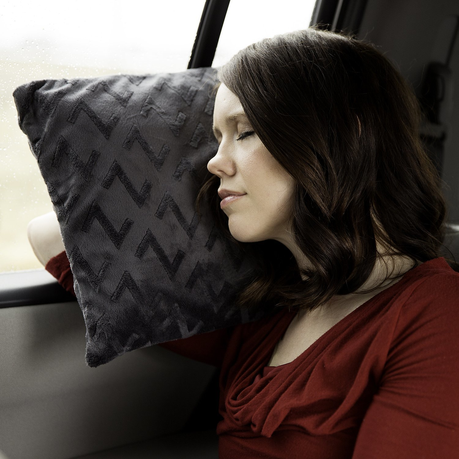 Malouf Z travel memory foam pillow