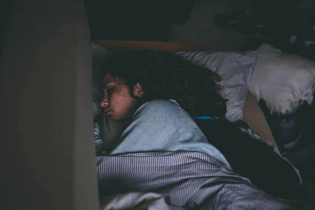 ways to go to sleep fast